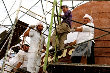 Finishing touches on the world's largest chocolate egg for the Bariloche chocolate festival